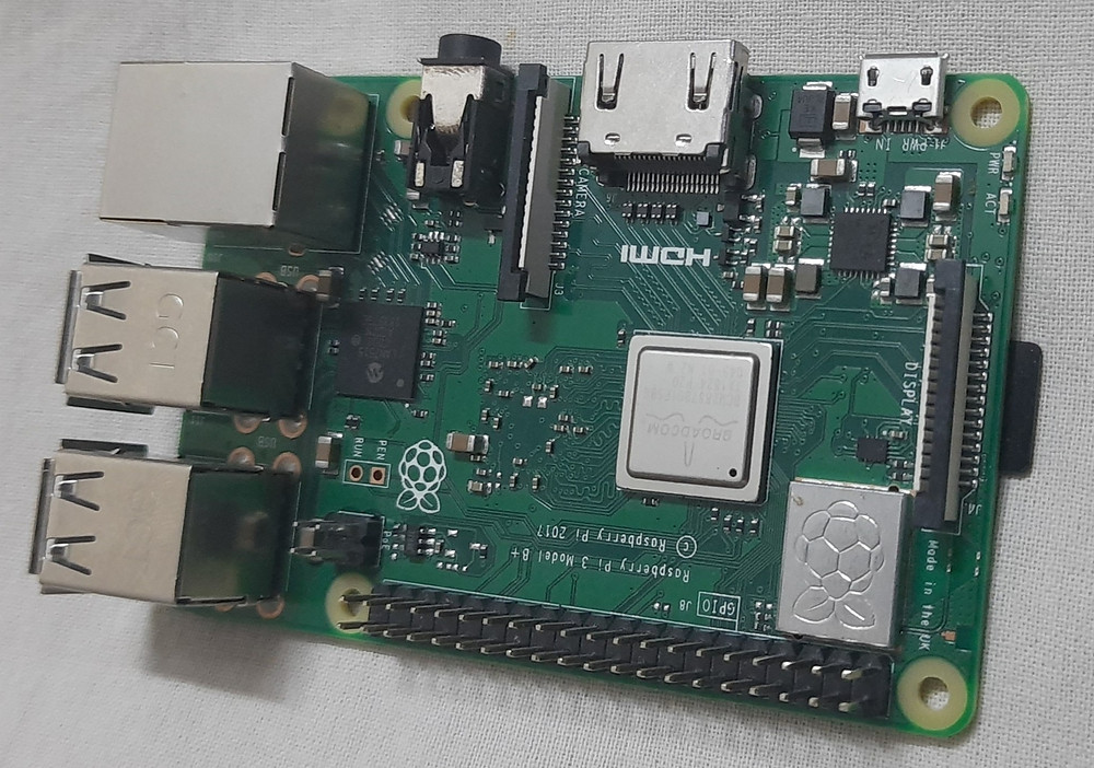 Raspberry Pi 3 Model B- is a powerful credit-card sized single board computer