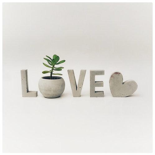 Set de letras LOVE 8.5cm