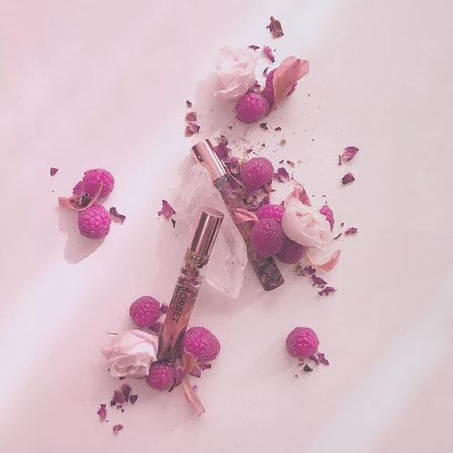 nouvelle huile pour les lèvres sorbet infusée aux fleurs séchées