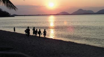 consider-trip_lake-malawi.png