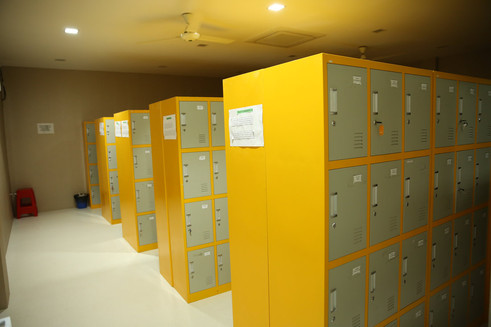 locker-room_orig.jpg