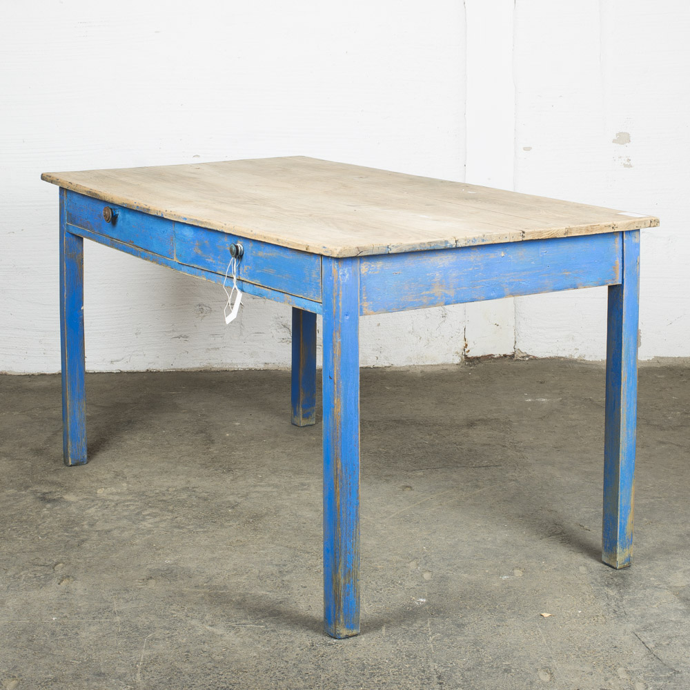 Tavolo con base bluette 77hx150x79