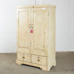 armadio H158cm  B95cm D46cm