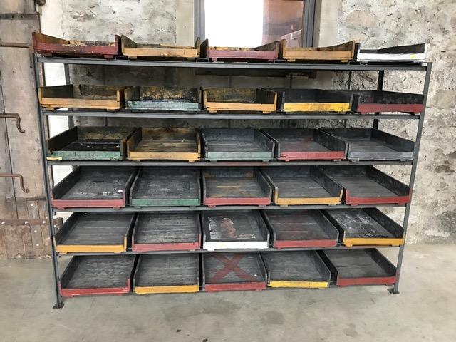 scaffalature da laboratorio con cassetti estraibili_cm. 244x68x176h