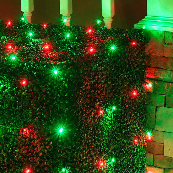 4' x 6' Red, Green 5mm LED Christmas Net Lights, 100 Lights on Green Wire