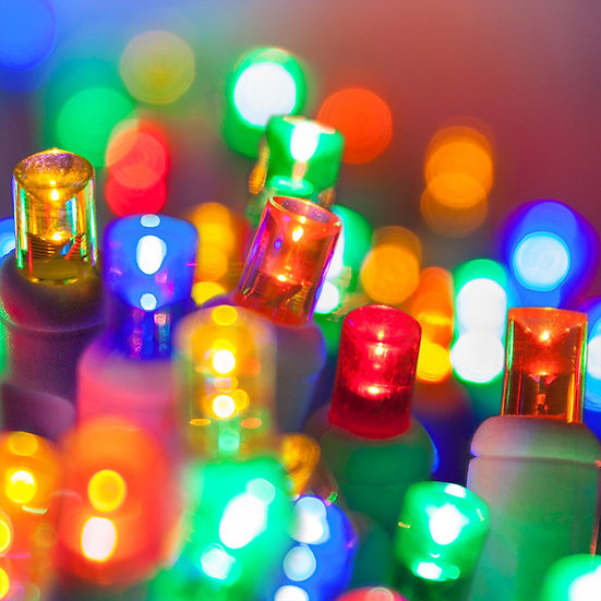 5 mm 35 count LED Multi Color Christmas Light String Green Wire Comm