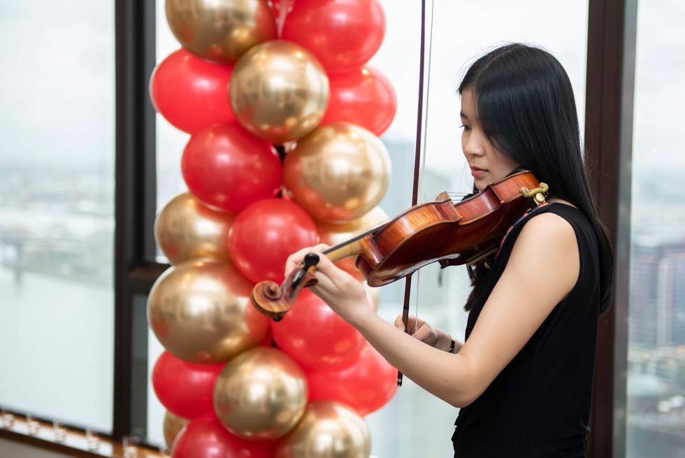 Vera the best Violinist