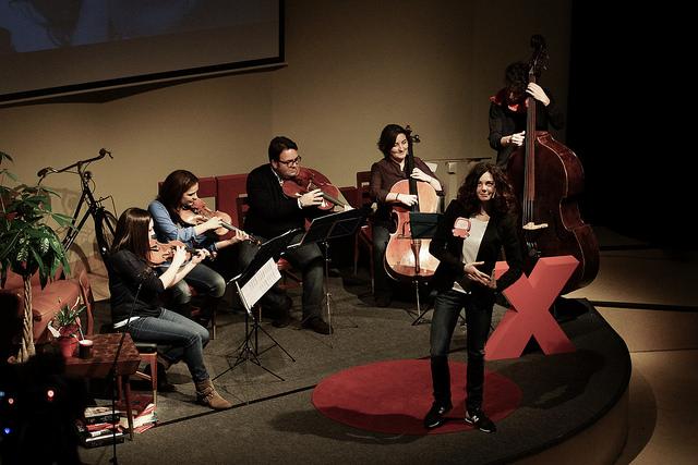 PUPPY´S_NARRACION_ORAL_TEDXGIJON_2015_(8).jpg