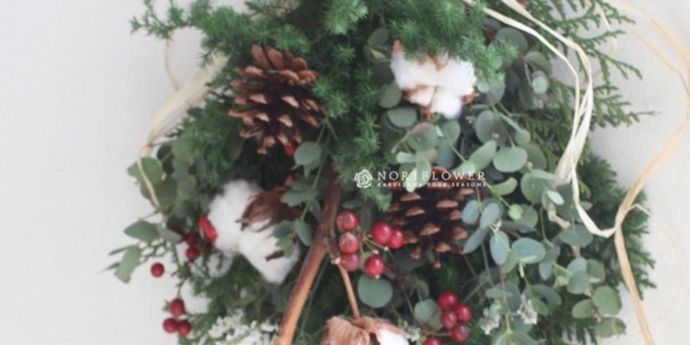 フレッシュグリーンのクリスマススワッグ