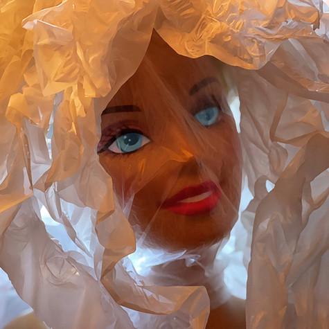 Juli Aubin, Poupée plastique 3, 2021
