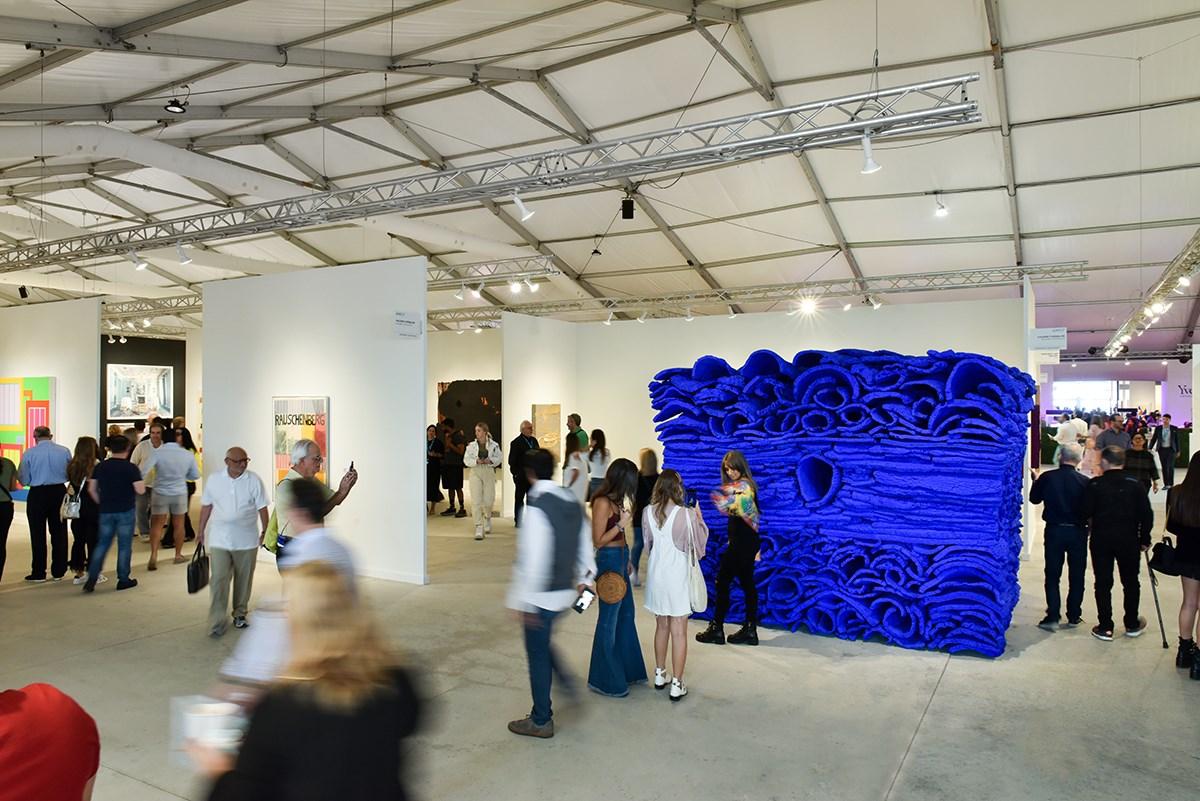 International & local art fairs