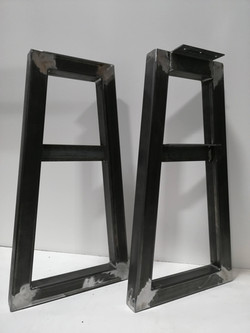 Steel tube TV stand legs