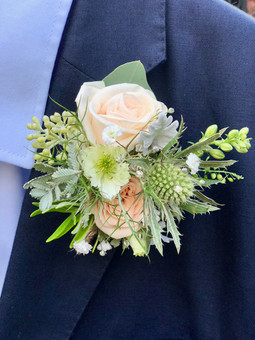 Groom's Garden Buttonhole