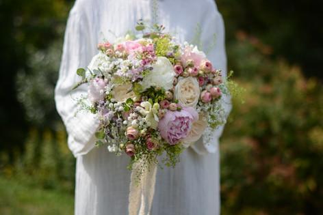 Compact Textured Bridal Bouquet