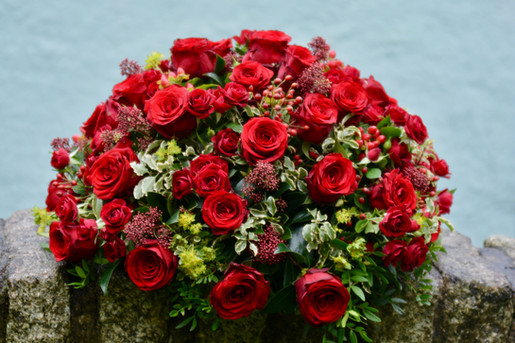 Red Roses Posy Pad