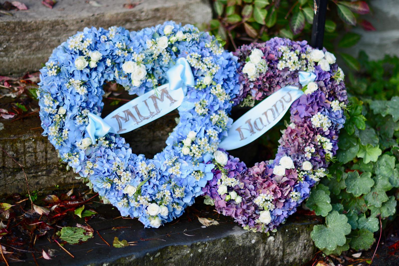 Funeral Flowers Gallery Totnes Devon Blue Geranium