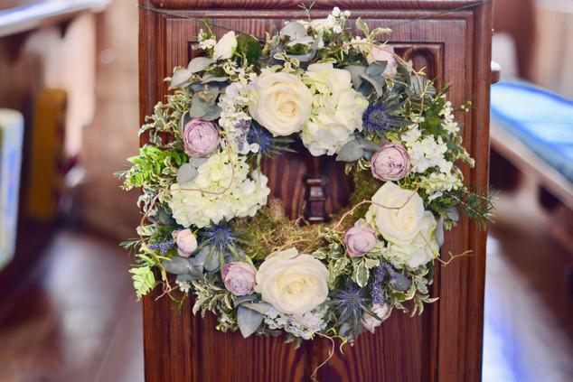 Floral Ring Pew End