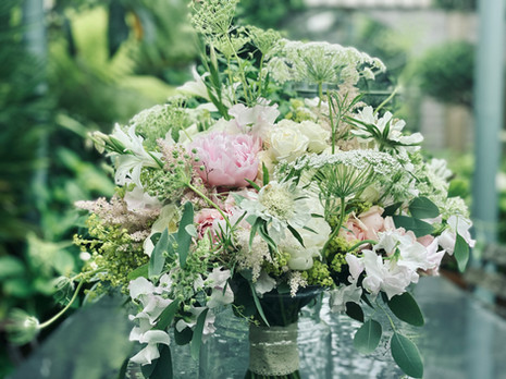 Pale pink, ivory and green bouquet