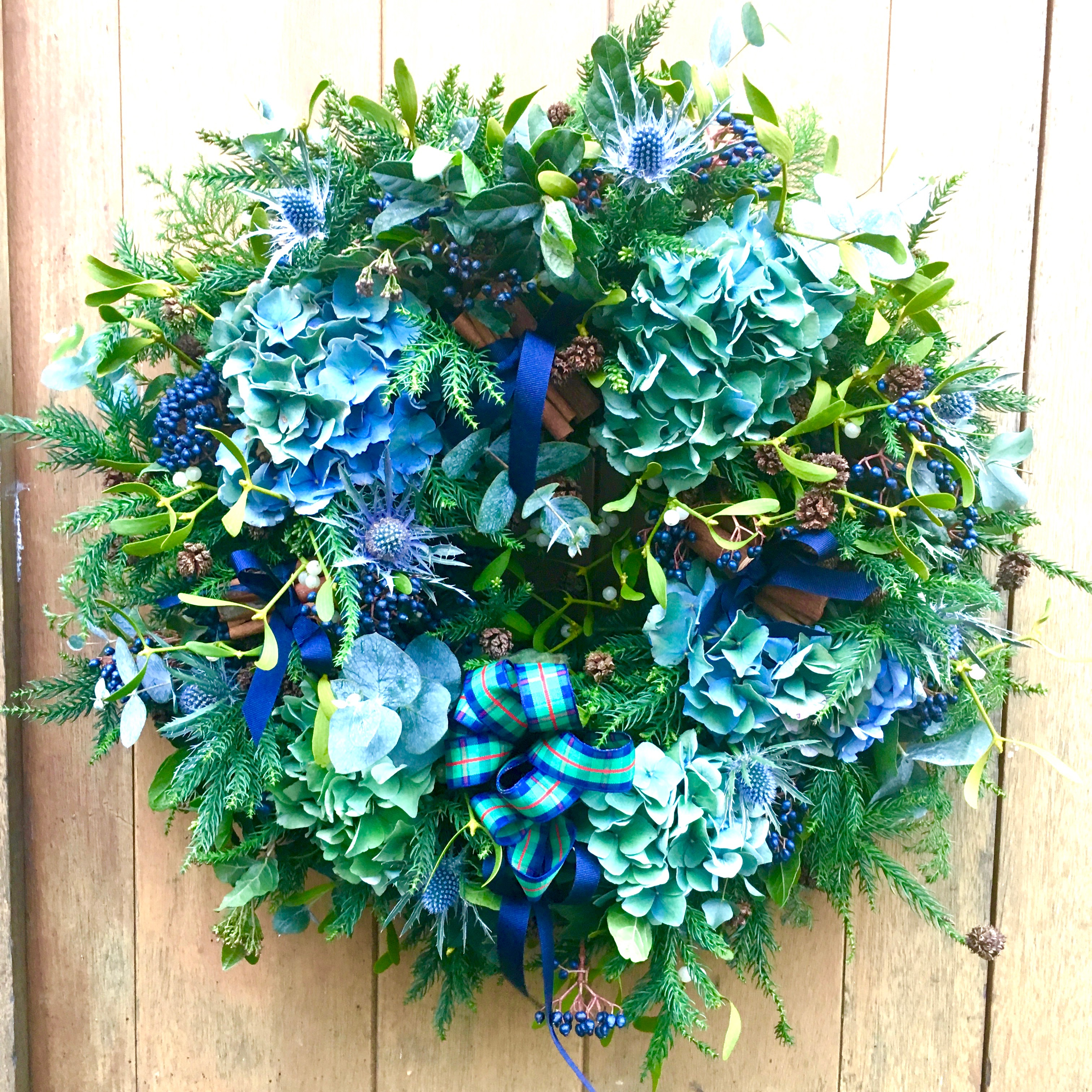 The Dart Wreath