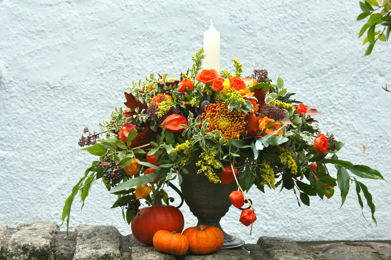 Hallowe'en Party Flowers