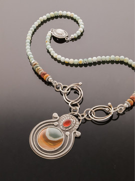 Polychroome Jasper and Carnelian Necklace