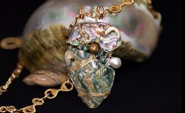 Paua Shell Arrowhead