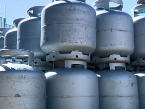 Procon de Piracicaba multa quatro distribuidoras de gás por preço abusivo do botijão