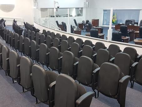 Câmara de Santa Barbara faz sessão com acesso restrito ao público