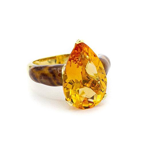 Sortija Oro Amarillo 18 kt. Esmalte. Citrino.