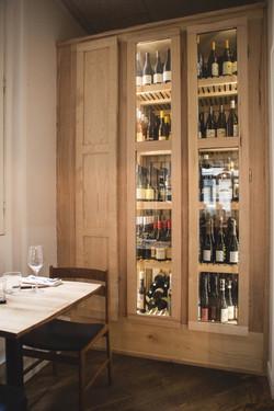 Armoire à vin par Atelier Sauvage