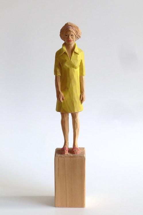 M04 |  Pinienholz, Buntstift | 23,7 cm x 4 cm x 4 cm
