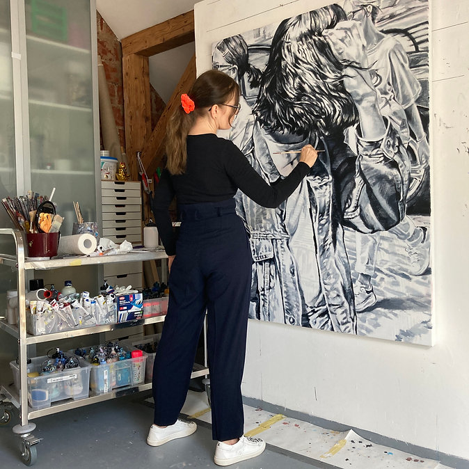 Kerstin Emrich-Thomas Atelierfoto.jpg