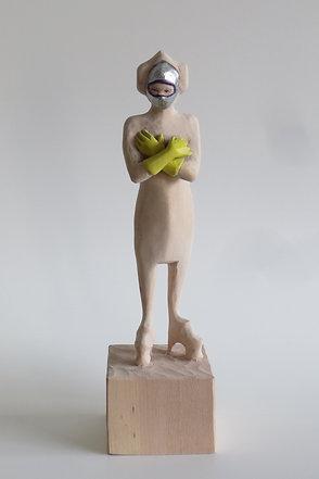 A01 |  Lindenholz, Buntstift, Acrylfarbe | 22,8 cm x 6 cm x 6 cm