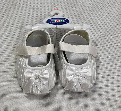 White satin pleated shoe