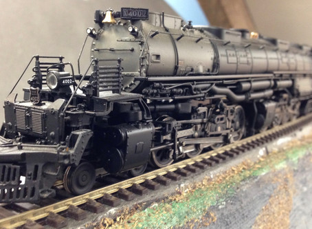 "Excellent die-cast UP ""Big Boy"" Dcc & Sound in need of train."