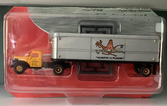 Campbells Express 41/46 Chevrolet Tractor Trailer Set HO 31162 Mini Me