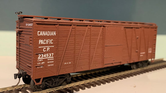 CANADIAN PACIFIC - 40ft Wooden Braced Box Car  - HO