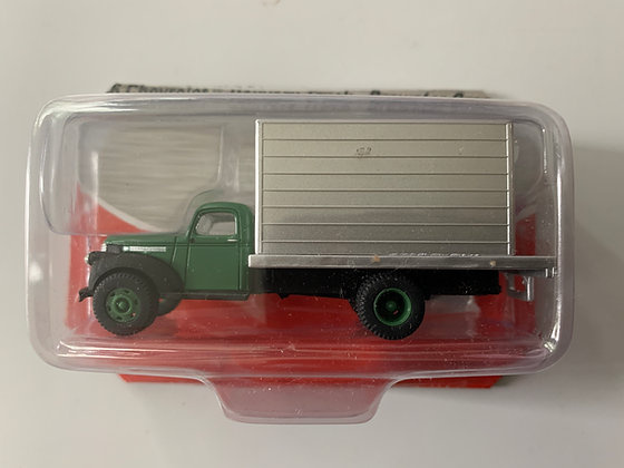 Brewster Green Chevrolet 41/46 Delivery Truck    - Mini Metals 30320