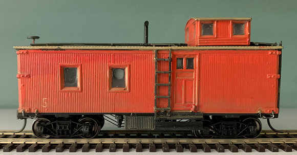 British Columbia - 36ft  Wooden Caboose  - Custom Painted & Detailed HO