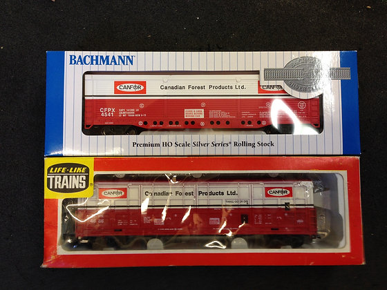 2 x CANADIAN FOREST - EVANS ALL DOOR Box Cars