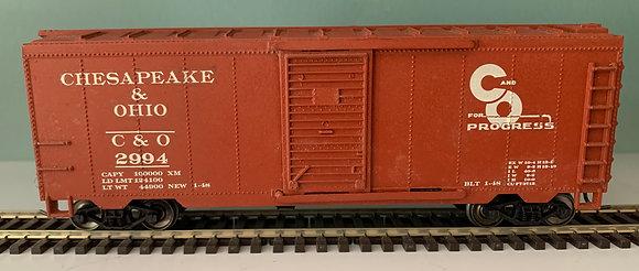 Chesapeake & Ohio - 40ft  Metal Box  Car  -  HO
