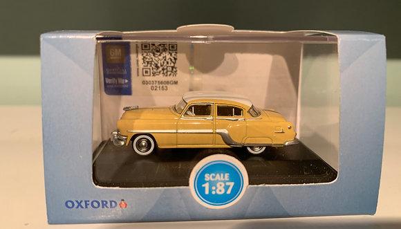 Pontiac Chieftain 4 Door 1954  - Oxford  Scale 1:87