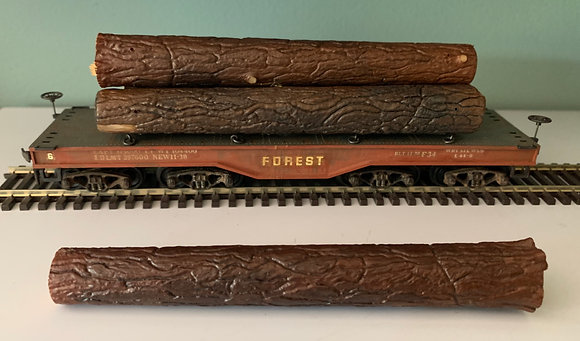 FOREST - Heavy Flat Car with log load - Weathered - HO