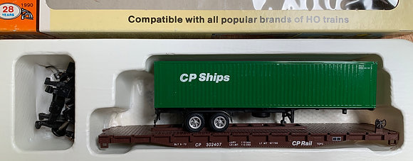 Canadian Pacific 54' Flat  with Container Trailer  - HO