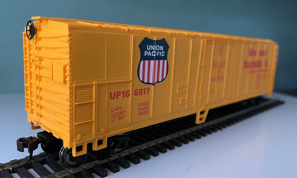 UNION PACIFIC - 50ft Steel Refer Box Car - HO