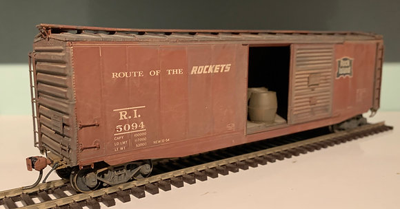 ROCK ISLAND  - 50ft PS-1  SD Box  Car - Load &  lightly weathered -