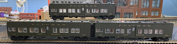 U S Army   -  Pullman Troop Sleeper Cars  -   HO