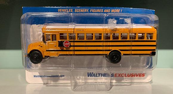 International CE School Bus - Walthers - HO