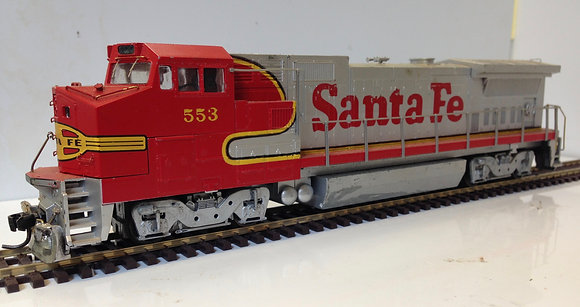 SANTA FE - DASH 8 40BW  - Walther  HO scale