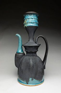 Pouring Vessel (view 1).jpg